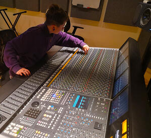 Jodie Norvell - Mixing on the SSL