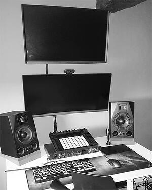 Student stories - Ross Murphy (OSCO) - Inside OSCO's home studio