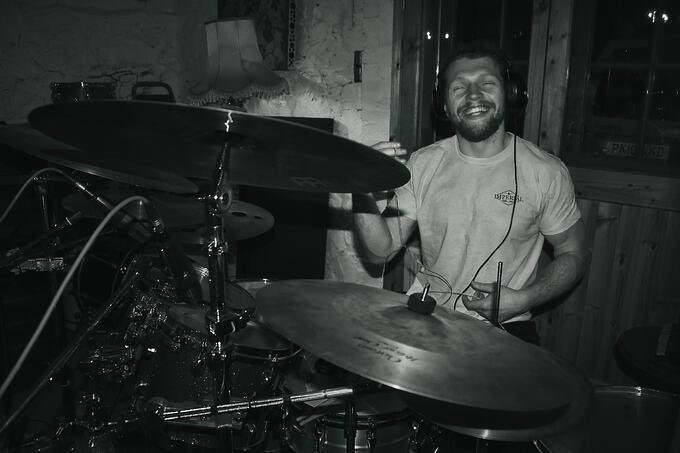 dBs alumni and Haunt the woods Drummer Olly Bignell